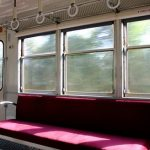 「電車の中で居眠りする日本人が分からない」と海外の声(笑)